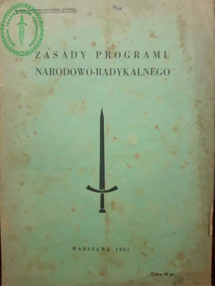 Kartka z kalendarza w Muzeum Tradycji Ruchu Narodowego